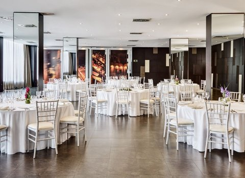 Organize any event at the Hotel Ciutat D'alcoi.